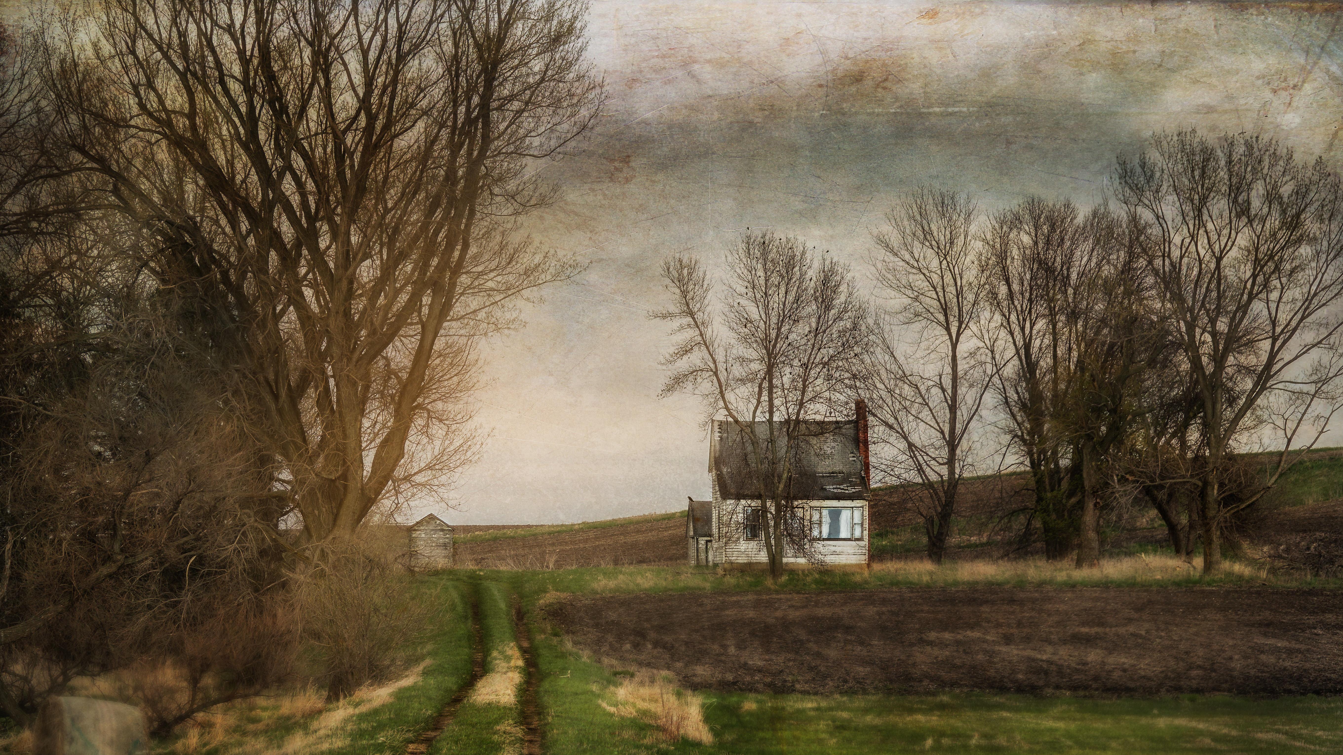 16x9-old-farmhouse-rx10iii-.jpg